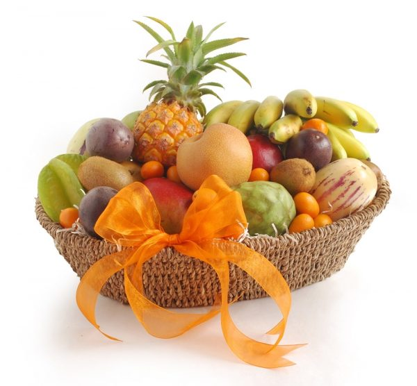 VIP fresh fruit basket